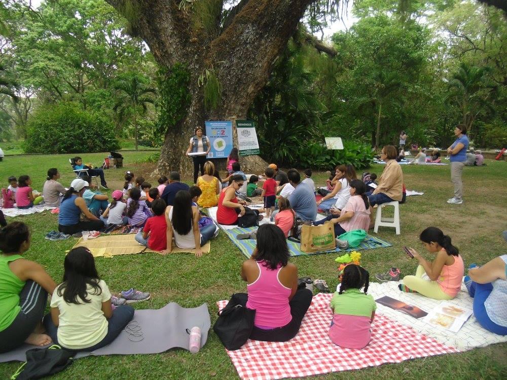 En la 5ta edición del ''Maratón de Lectura'' en el Jardín Botánico ''El Samán''
